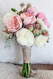 Minikort Rosa vit bukett mot vägg, Textfri