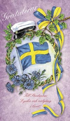 Lila kort med studentmössa och svenska flaggan-''Gratulerar''