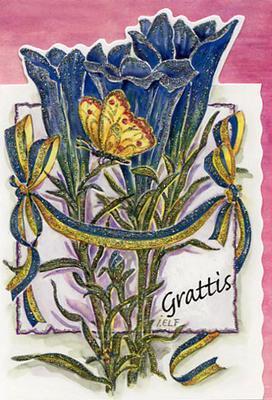 Blå blommor med fjäril.''Grattis''